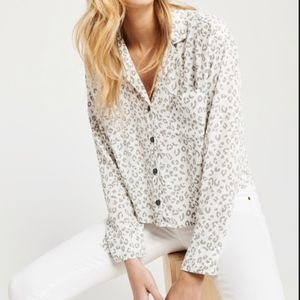 NEW Abercrombie White Leopard Button Up Shirt